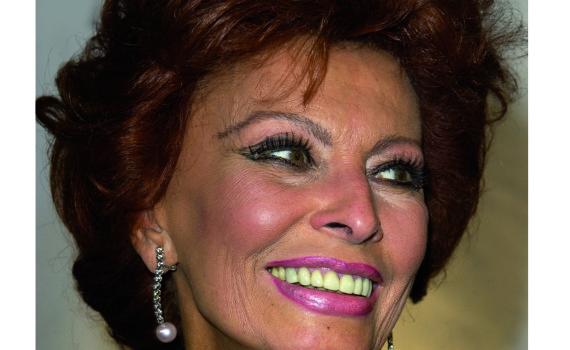 Sophia Loren sulla copertina di Sorrento Magazine - edizione 2016